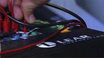 凭借仿真和软件在环与硬件在环测试,工程师实现汽车车身控制电子系统的早期和持续验证。