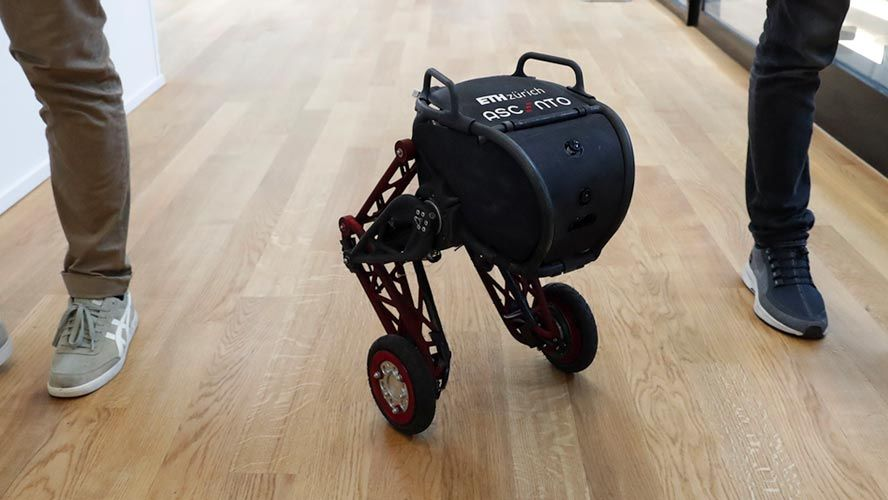 Students design a robot that jumps up stairs, from LEGO prototype to working robot in one school year