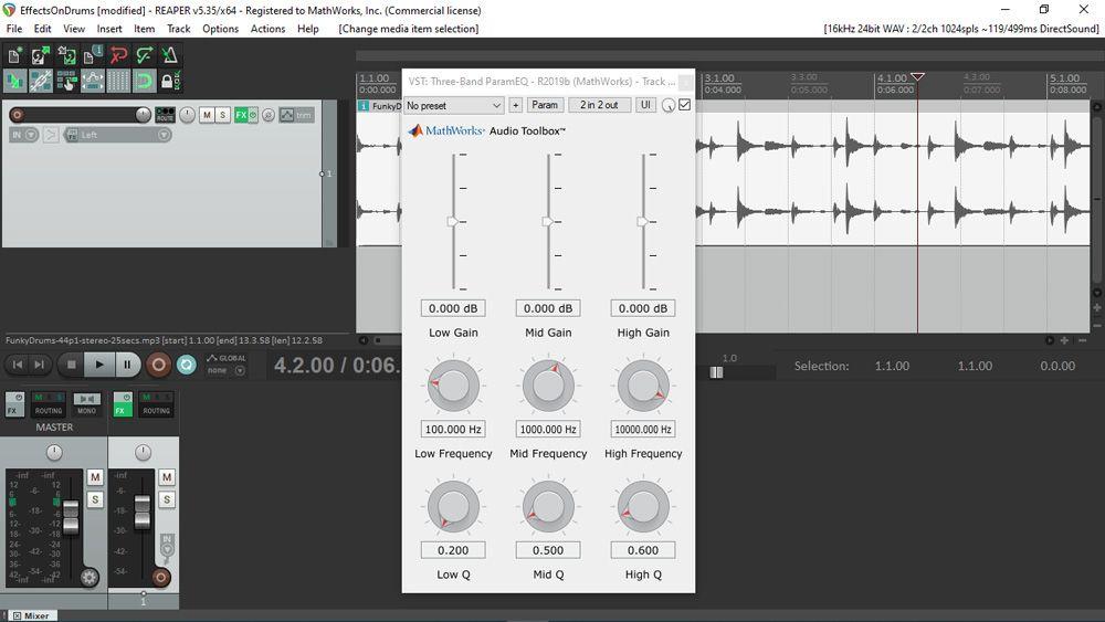 用 MATLAB 生成的音频插件的 UI,图为在数字音频工作站 REAPER 中使用该插件的情景。该 UI 基于一个 3×3 网格,包含各种滑块和旋钮。