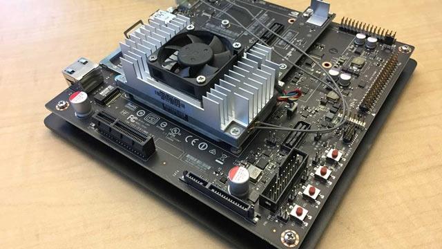 空中客车在 NVIDIA Jetson TX2 上进行自动缺陷检测原型开发。