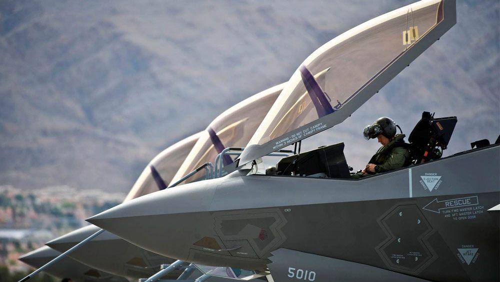 Lockheed Martin 建立 SimEvents 模型来预测机队性能。