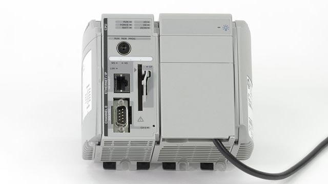 Simulink PLC Coder 支持许多第三方 IDE,包括 Siemens STEP 7/TIA Portal、Rockwell Automation Studio 5000、3S CODESYS 及 PLCopen XML