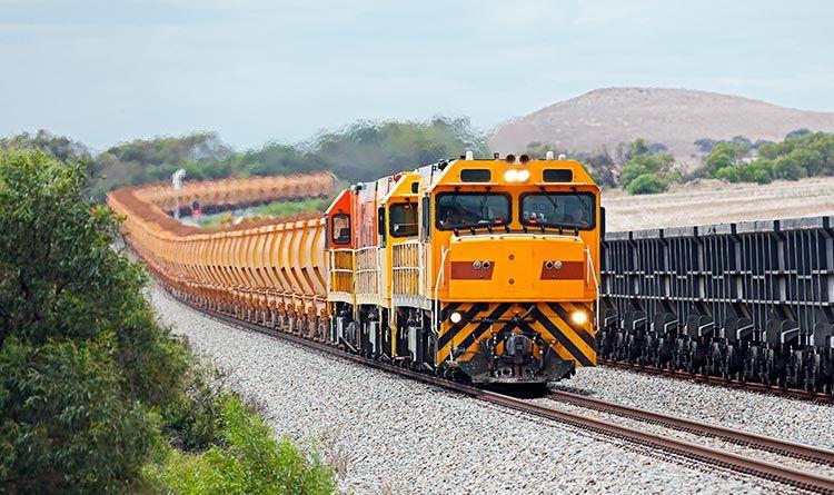 铁矿石火车
